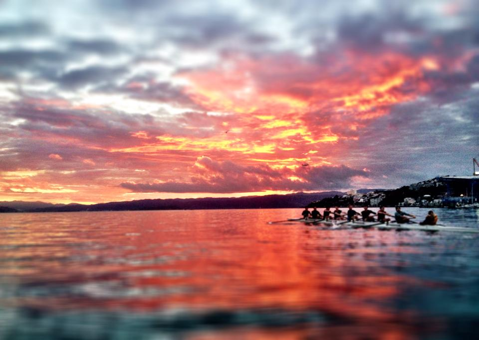 2013 Novice Men train on a picturesque Wellington morning
